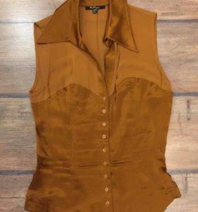 Красивая коричневая блузка