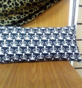 Подушка с кошками