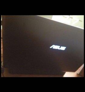 Игровой ноутбук asus в отличном состоянии