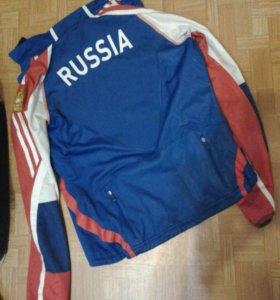Разминочная куртка adidas, р.4