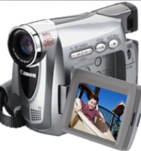 камера Canon MV 830i