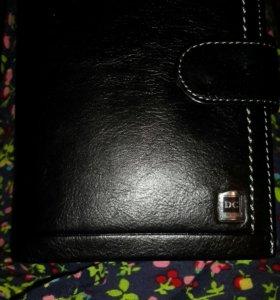 Новый кожаный бумажник