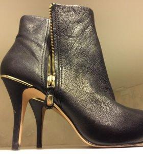 Ботинки Zara Woman ботильоны