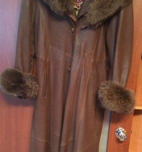 Пальто кожаное 48-50 размер