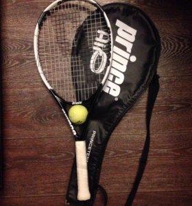 Теннисная ракетка