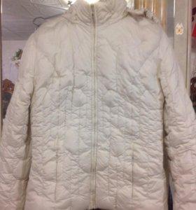 Куртка женская. S