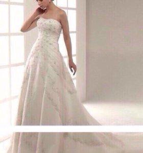 Новое свадебное платье рр 44-48