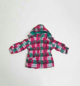 Весенняя куртка для девочки (рост 110)