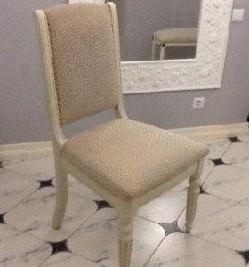 Столовый гарнитур (стол и стулья) из натурального