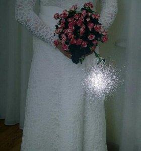 Платье свадебное с длинным рукавом