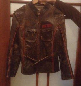 Кожаная  женская куртка BOGARD