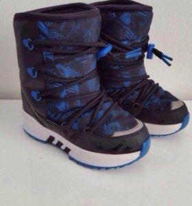 Новые зимние ботинки Adidas р.36,5
