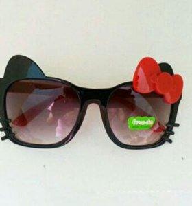 Новые.Детские солнцезащитные очки