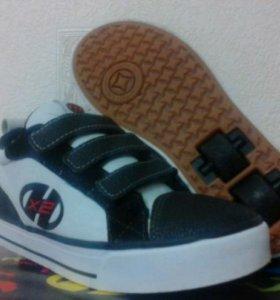 Роликовые кроссовки Heelys. 35 размер.