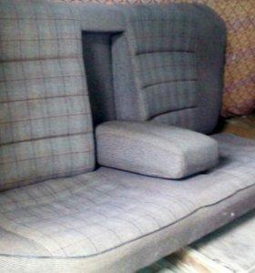 Задний дивани ауди 100 С3