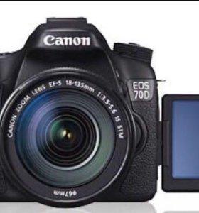 Зеркальный фотоаппарат Canon 70d