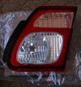 Внутренний задний фонарь для Nissan Almera