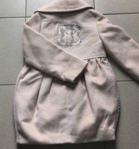 Пальто на девочек