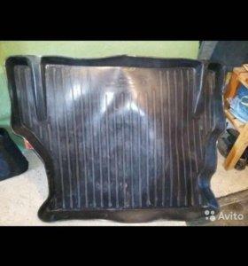 Коврик в багажник на Део нексия