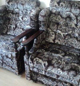 Диван-кровать и 2 кресла-кровати