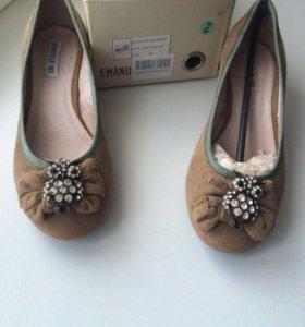 Женская обувь Emanuelle Vee