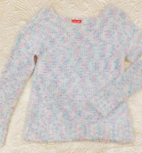 Пушистый свитер