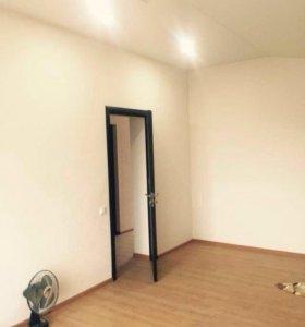 40 м, 1 ком квартира в полу цокольном этаже