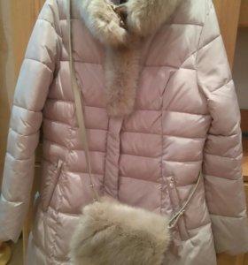 Пальто с сумочкой