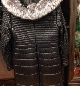 Кожаное пальто б/у