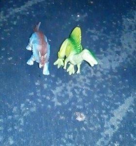 Динозавров