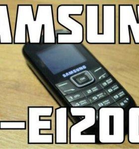 Телефон Samsung GT-E1200M