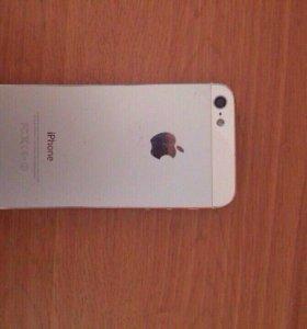 iPhone 5 на 16 гб.
