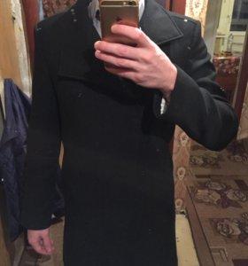 Продам мужское пальто zara MAN весна-лето-осень S