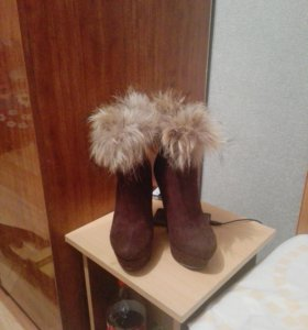 Новые!!зимние сапоги!