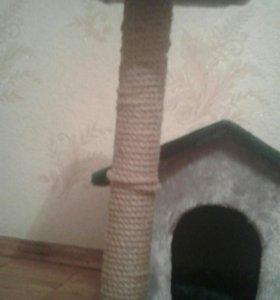Домик для котёнка с когте дралкой.