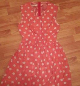 Потресающее платье