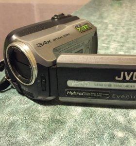 Видеокамера JVC GZ-MG130