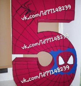 Цифра пять в стиле человек паук