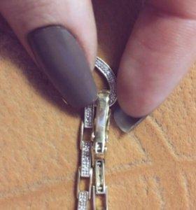 Золотой браслет 585 пробы с бриллиантами