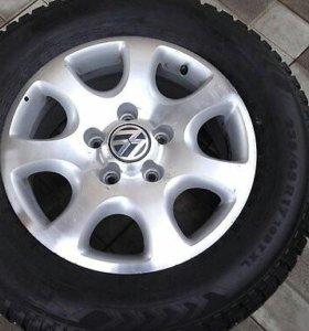 Продам литые диски на Volkswagen Touareg