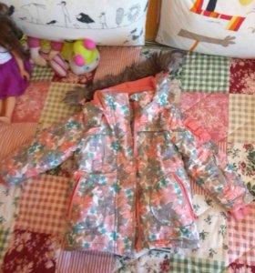 Зимняя куртка на девочку 98