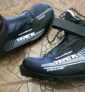 Лыжные ботинки 43размер
