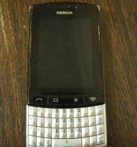 Телефон Nokia Asha 303