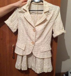 Костюм (юбка + пиджак)