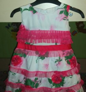 Нарядное платье на 1.5-2.5 года