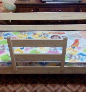 Детская кроватка 700х1400 h 700(новая)