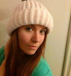 Объемная шапка с помпоном