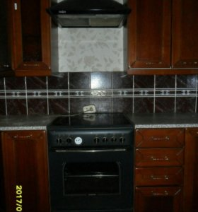 Кухонный гарнитур.(комплект)