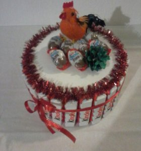 Тортик киндер новогодний