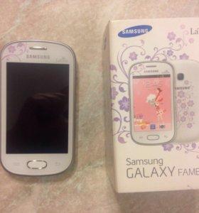 Телефон Samsung GALAXY Fame Lite